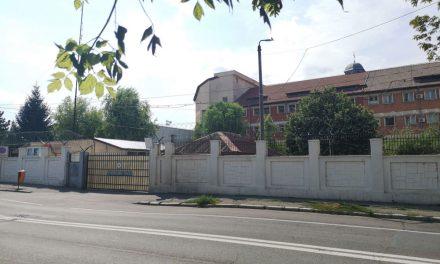 Cei doi agenţi de la Penitenciarul Tulcea au ajuns după gratii