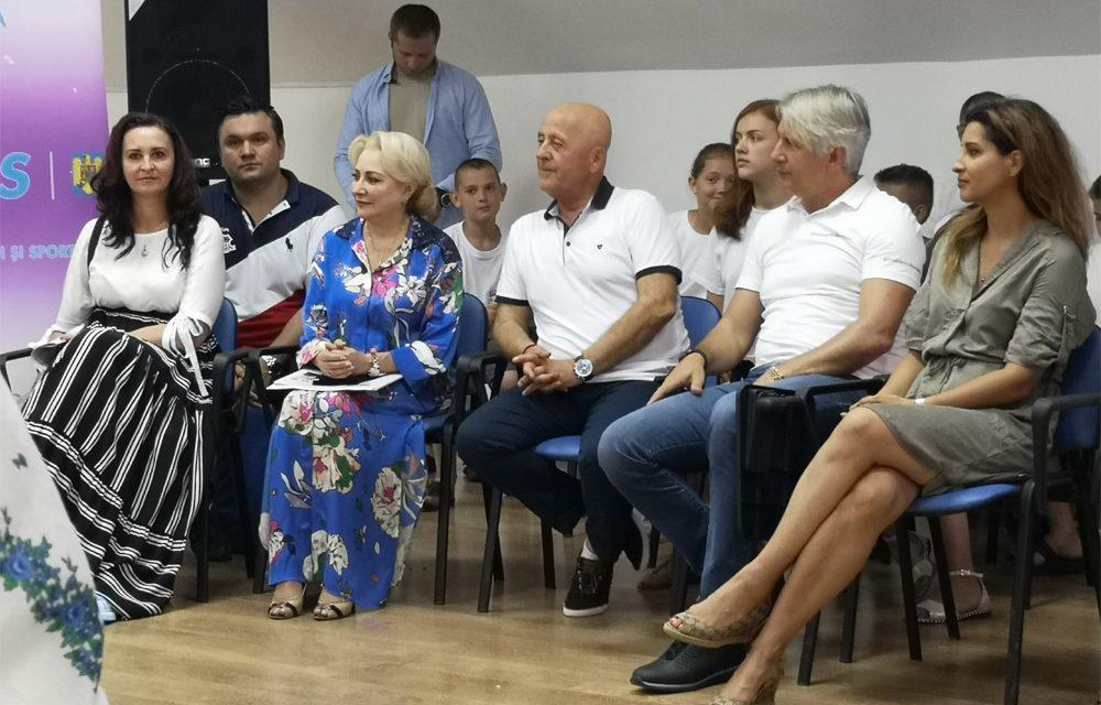 """Premierul Dăncilă a deschis programul de tabere """"ARC"""" la Sulina"""