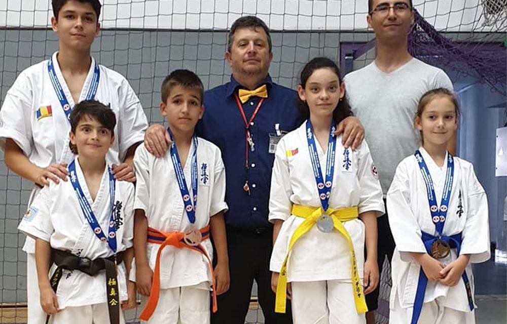 Titluri de campioni şi vicecampioni europeni obţinute de elevii maestrului Pănuţă