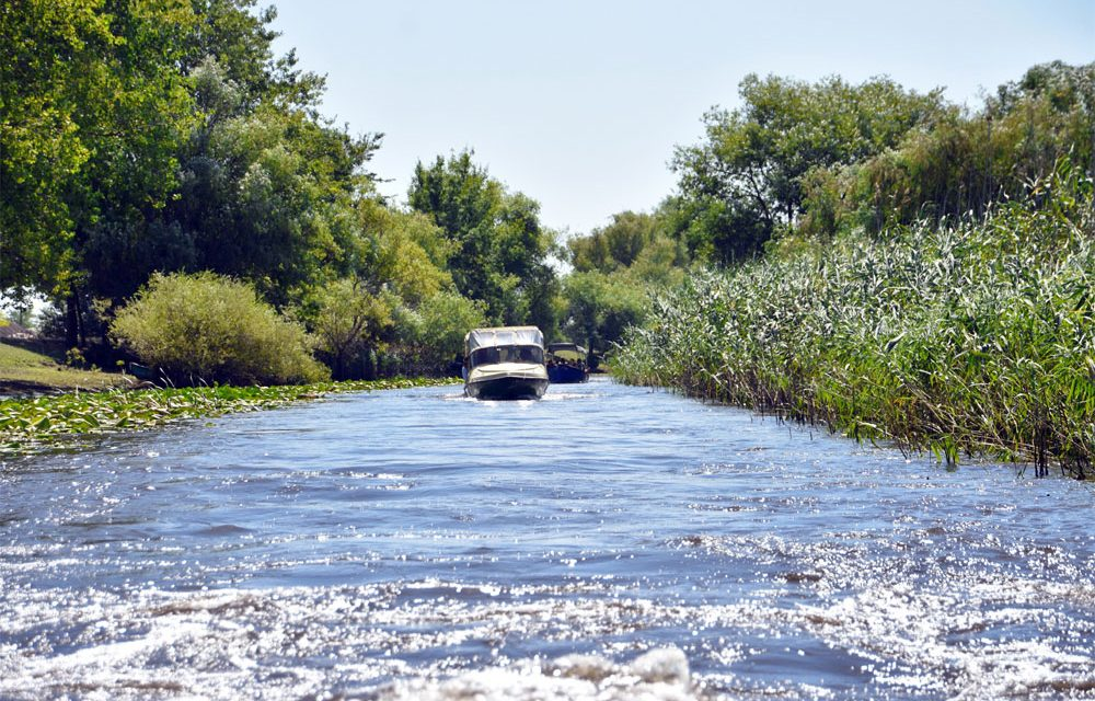 Încep lucrările de decolmatare a canalelor Letea şi Sidor