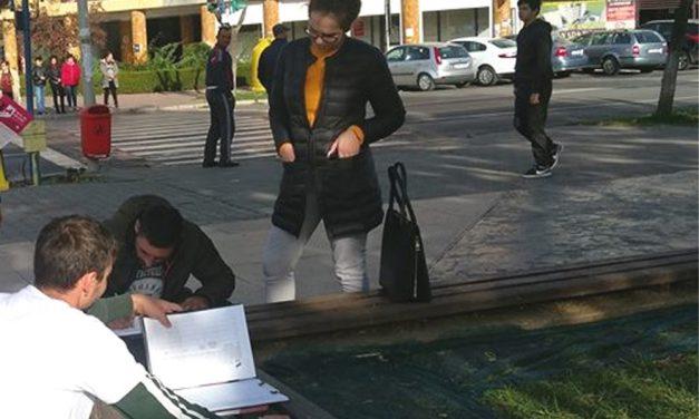 Fără corturi pentru strângerea de semnături pentru prezidenţiale în Piaţa Civică
