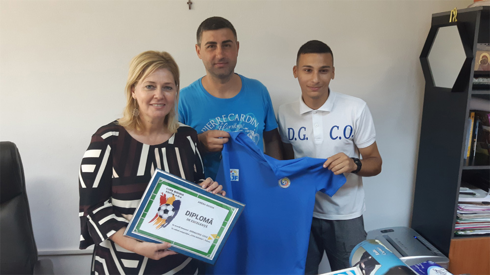 Viceprimarul Andaluzia Luca a primit o diplomă pentru susţinerea minifotbalului