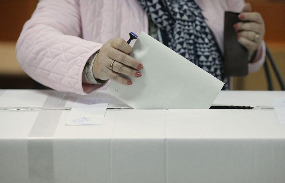 Klaus Iohannis a câştigat primul tur al alegerilor la Tulcea cu 39,26%