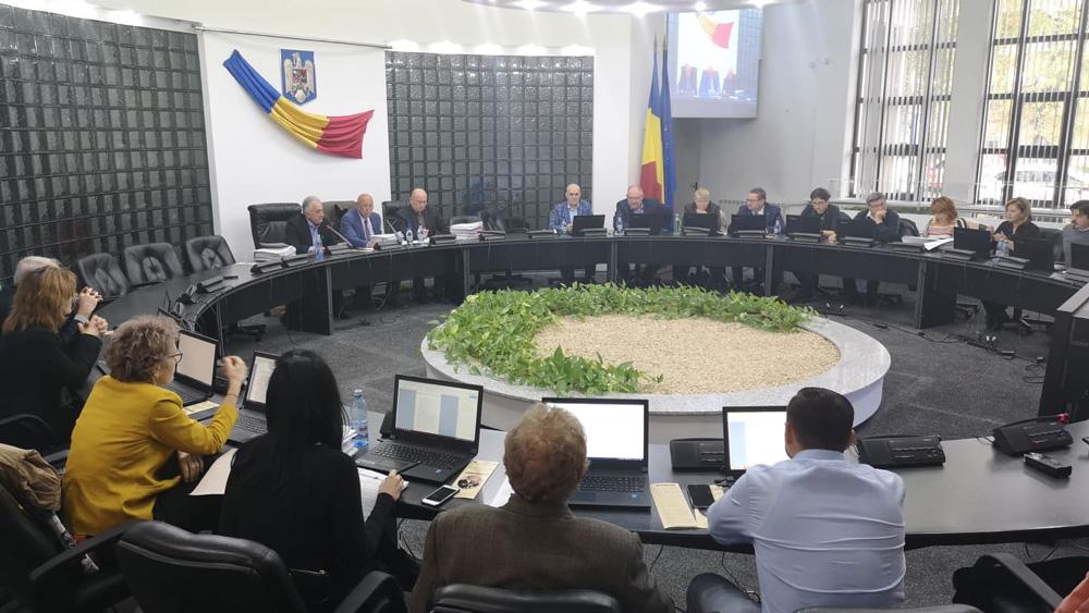 """Primarul Constantin Hogea: """"Nu intenţionăm să mărim taxele şi impozitele în municipiu"""""""
