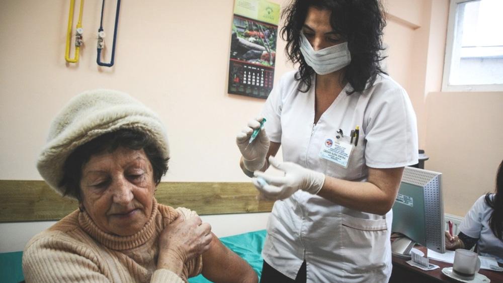 A treia tranşă de vaccin antigripal ajunge mâine la Tulcea