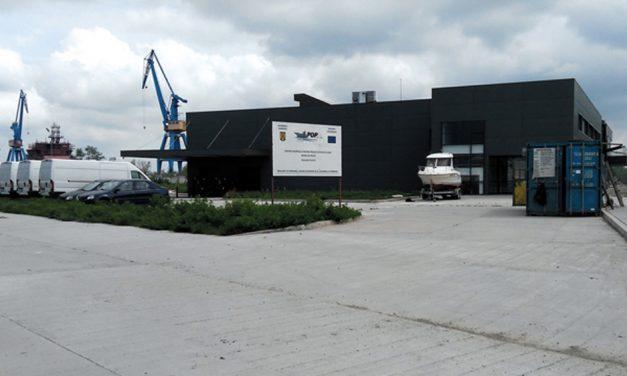Banii europeni alocaţi pentru construcţia bursei de peşte la Tulcea trebuie returnaţi