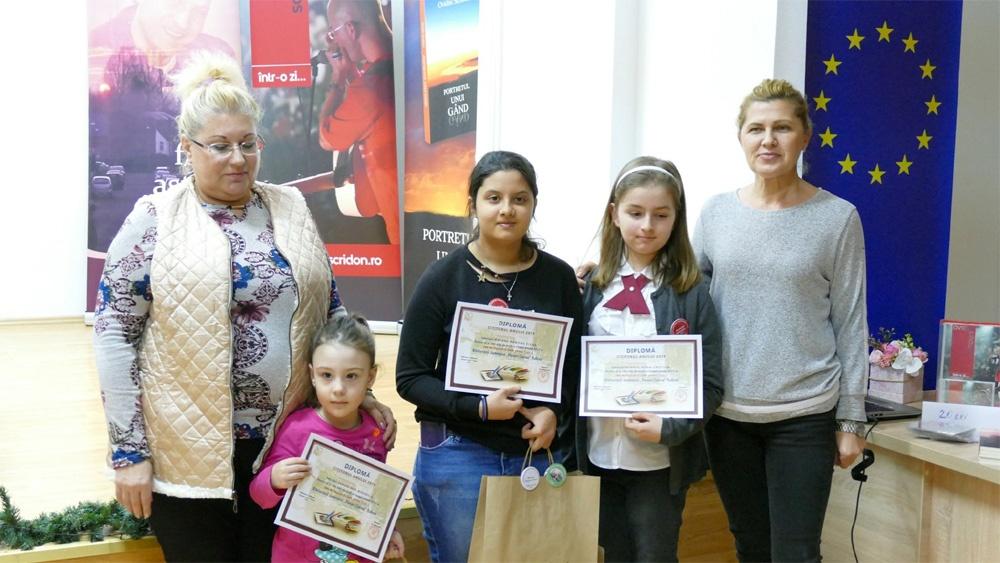 Biblioteca Judeţeană Tulcea şi-a premiat cititorii şi colaboratorii