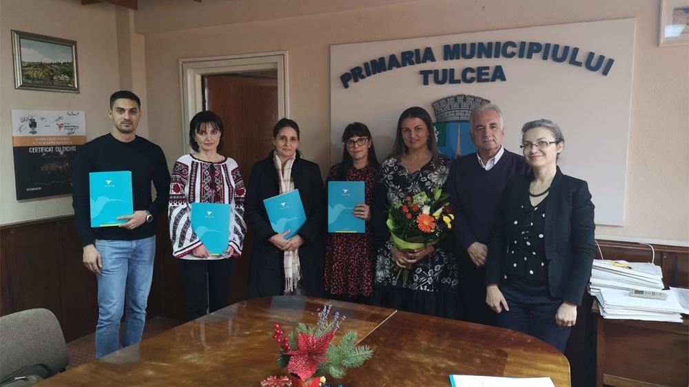 Cinci cabinete medicale şcolare din municipiu, dotate cu mobilier şi instrumentar medical