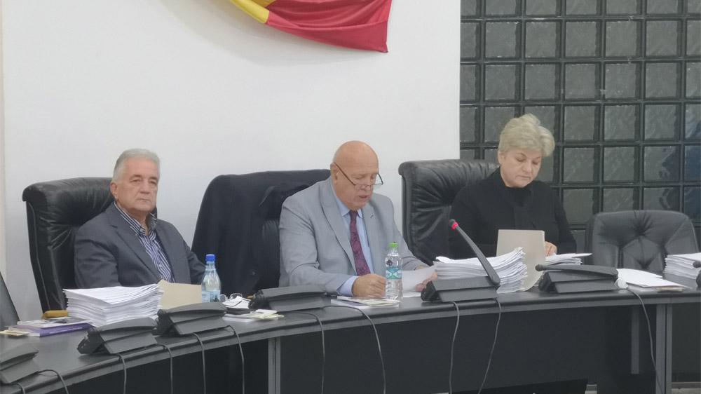 Scandal în Consiliul Local pe scumpirea gunoiului din municipiu