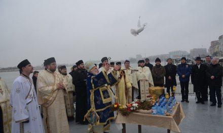 Tulcenii, aşteptaţi la slujba Aghesmei Mari pe faleza Dunării