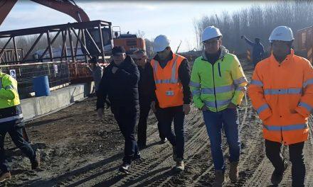 Constructorul a dat termenul la care prima maşină va trece Dunărea pe podul Tulcea-Brăila