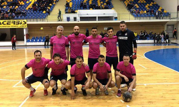 """Cu tulceanul Mihai Guliu antrenor şi jucător, Star Farul 2017 a  terminat pe locul secund """"Turneul vedetelor"""""""