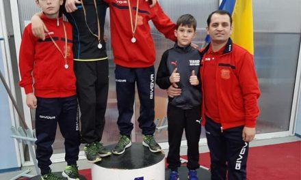 Medalii de aur şi argint pentru atleţii din Chilia Medalii de aur şi argint pentru atleţii din Chilia