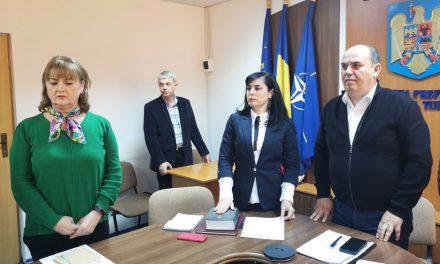 Carmen Caloianu a depus jurământul în funcţia de subprefect al judeţului