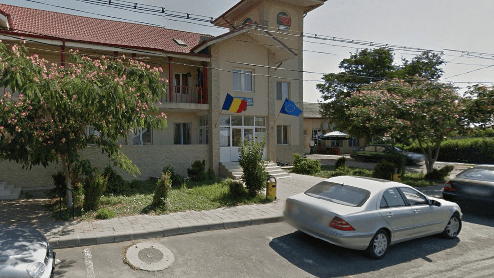 Stimulente şi premii de peste 130.000 lei la Primăria Stejaru, considerate nelegale de Curtea de Conturi