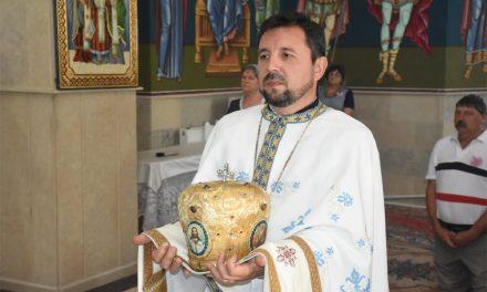 """Preotul Viorel Trofim: ,,După ce am zidit biserica materială, trebuie să zidim şi biserica lăuntrică din sufletul fiecăruia"""""""