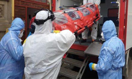 Primul suspect de coronavirus la Tulcea: o femeie întoarsă din Italia.  A fost transportată cu izoleta la Constanţa