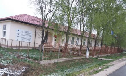 Aflată la un moment dat pe punctul de a se închide, şcoala gimnazială din Ceatalchioi se modernizează acum cu fonduri europene