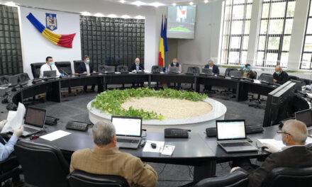 Peste 200 de hectare din Deltă, introduse în circuitul agricol de consilierii judeţeni