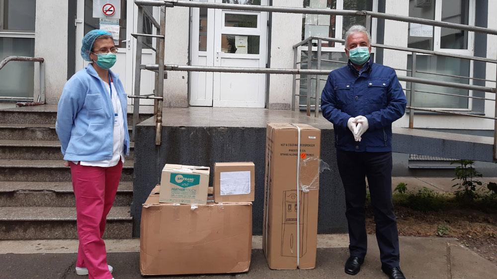 Primarul Hogea, din nou cu donaţii la Spitalul Judeţean Tulcea