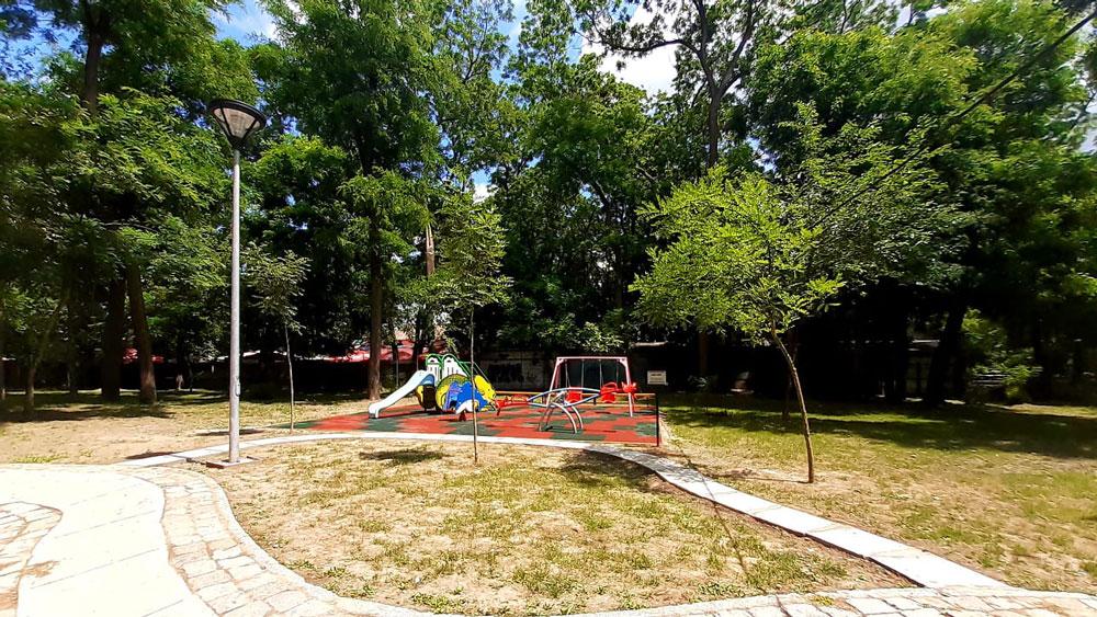 Bebe-Parc, un nou loc de joacă pentru copiii din Tulcea
