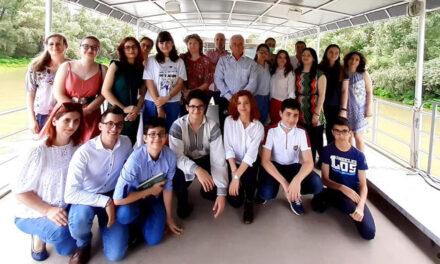 Super-elevi din municipiu, în excursie în deltă cu primarul Hogea