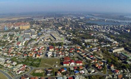 Tulcenii care şi-au extins proprietatea în domeniul public, somaţi de primărie să îşi dărâme gardurile
