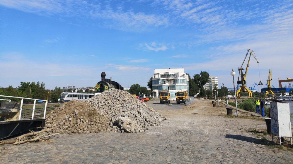 Reabilitarea portului şi falezei Dunării, faza pavelelor