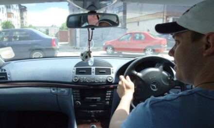 Peste 400 de maşini cu volan pe partea dreaptă, înmatriculate la nivelul judeţului Tulcea
