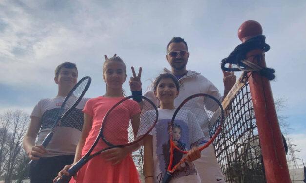 Sportivii clubului Sever Marc ar putea participa de luna viitoare la turnee oficiale de tenis