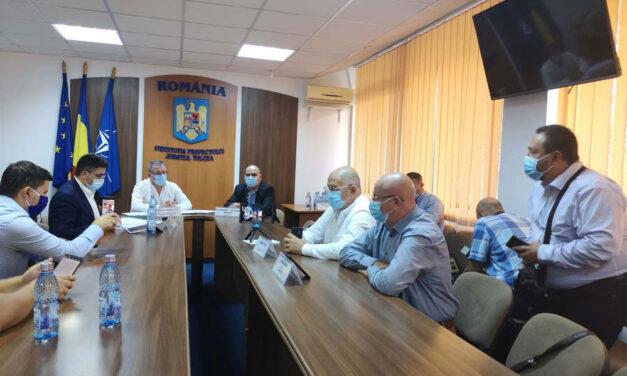 """Ministrul Oros, la Tulcea: """"Fermierii vor simţi în conturile lor banii pentru despăgubirile create de secetă şi pandemie"""""""