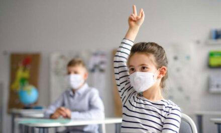 Părinţii află în 10 septembrie condiţiile în care copiii încep şcoala pe timp de pandemie