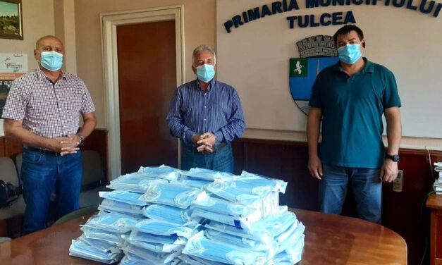 Primarul Hogea a trimis 2.500 de măşti de protecţie lucrătorilor din Şantierul Naval