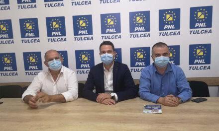 Secretarul general al PNL, întâlnire cu candidaţii din Tulcea