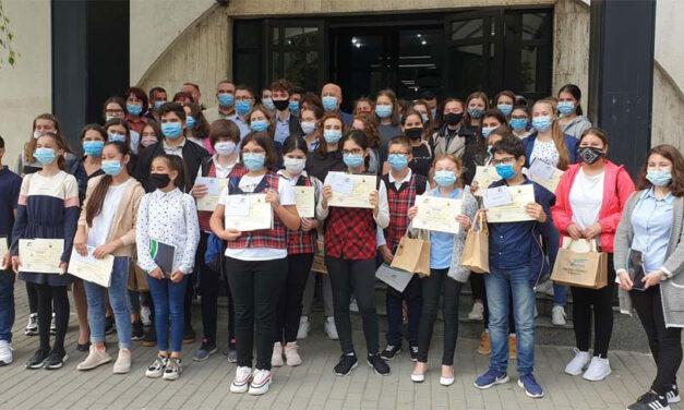 """Câştigătorii Concursului """"Tulcea – Suzhou, drumul prieteniei"""" au fost premiaţi"""