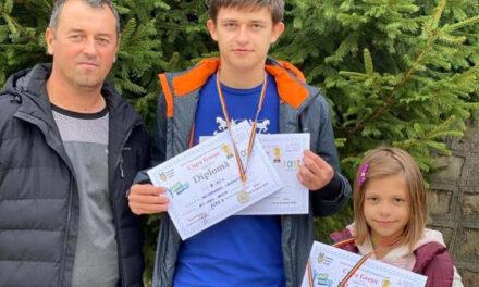 Medalii de argint şi bronz obţinute de şahiştii tulceni la Cupa Greşu