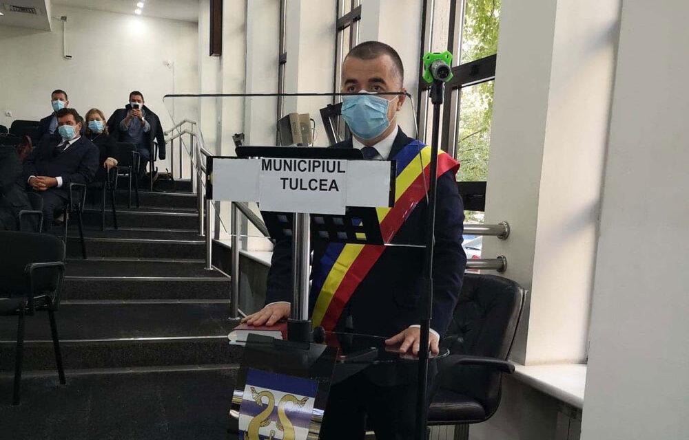 Primarul Ştefan Ilie şi Consiliul Local au depus jurământul.