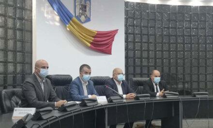 George Şişcu, Michael Gudu şi Cristian Iordan, candidaţii PNL Tulcea la parlamentare