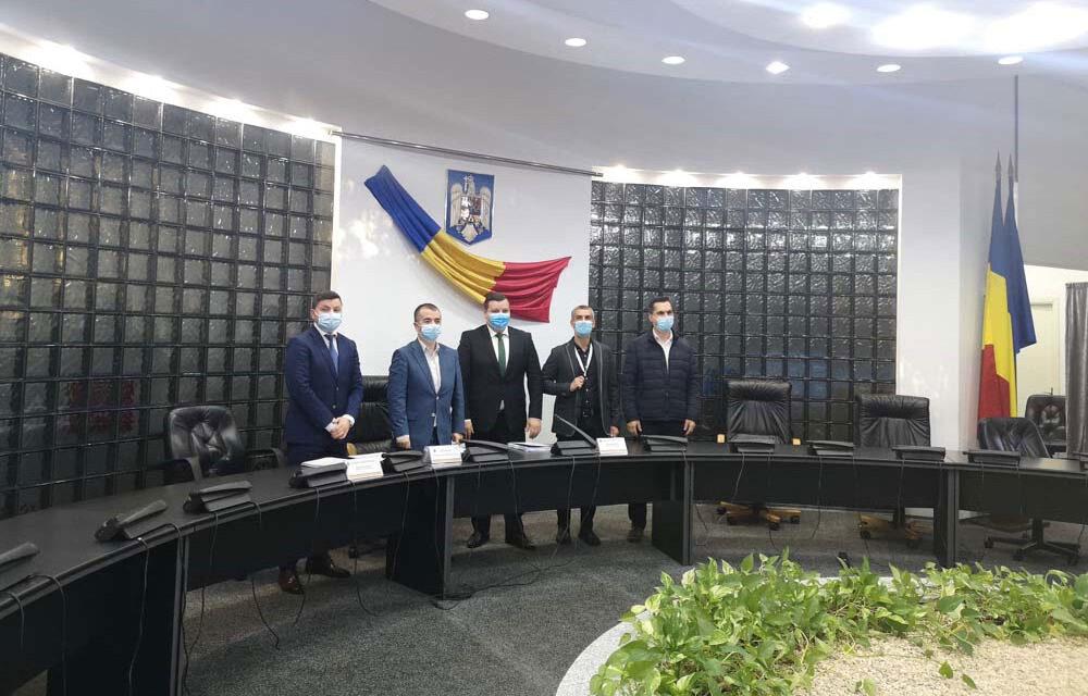 Liberalul George Şinghi şi ecologistul Dragoş Simion, noii viceprimari aleşi ai municipiului Tulcea