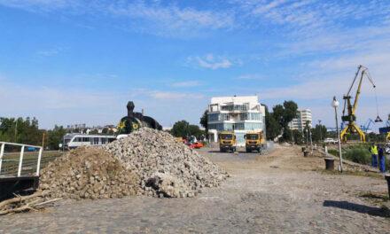 La loc comanda: sistarea lucrărilor de reabilitare a falezei Dunării va fi decisă la Judecătoria Tulcea