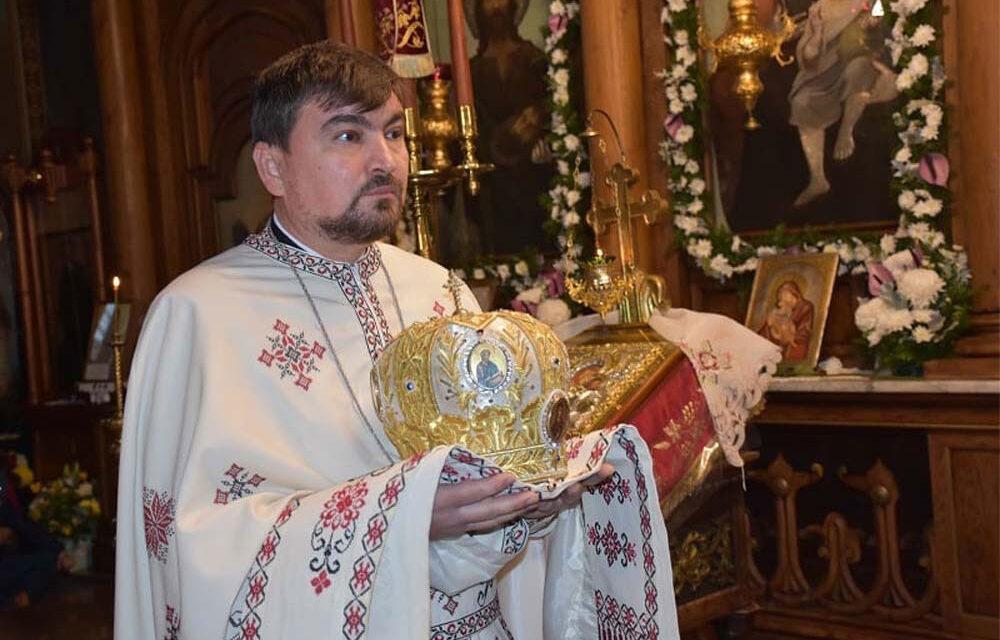 Preotul Bogdan Herţa, parohul Catedralei Sf. Nicolae: Biserica este frumoasă în momentul când este plină