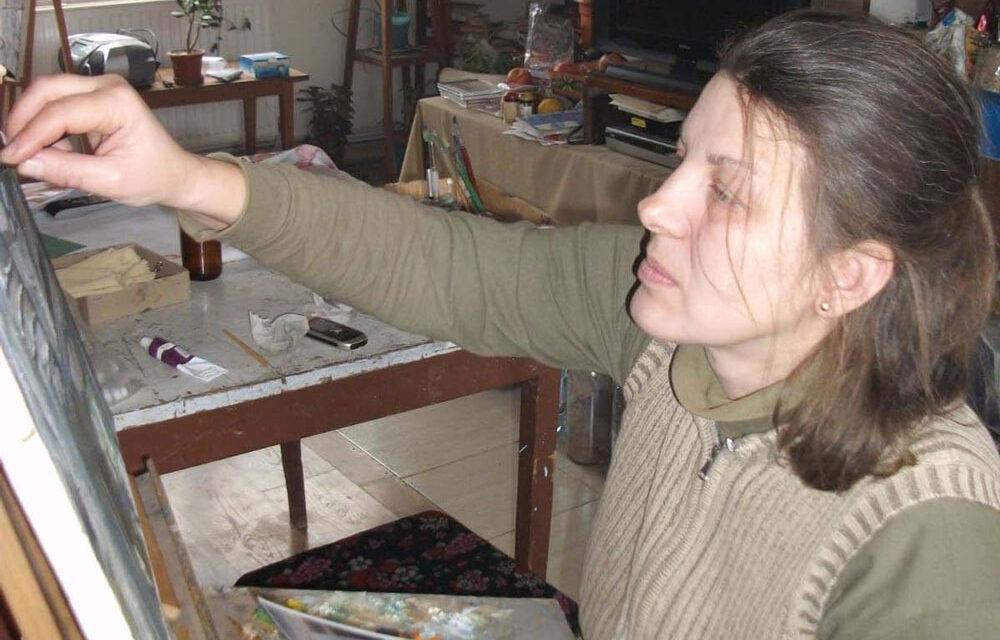 """Artista Veronica Oancea: """"Nu-mi place să fac lucrări care nu-mi transmit ceva"""""""