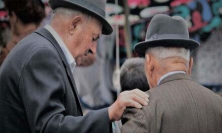 Pensionarii tulceni au dat în judecată Guvernul
