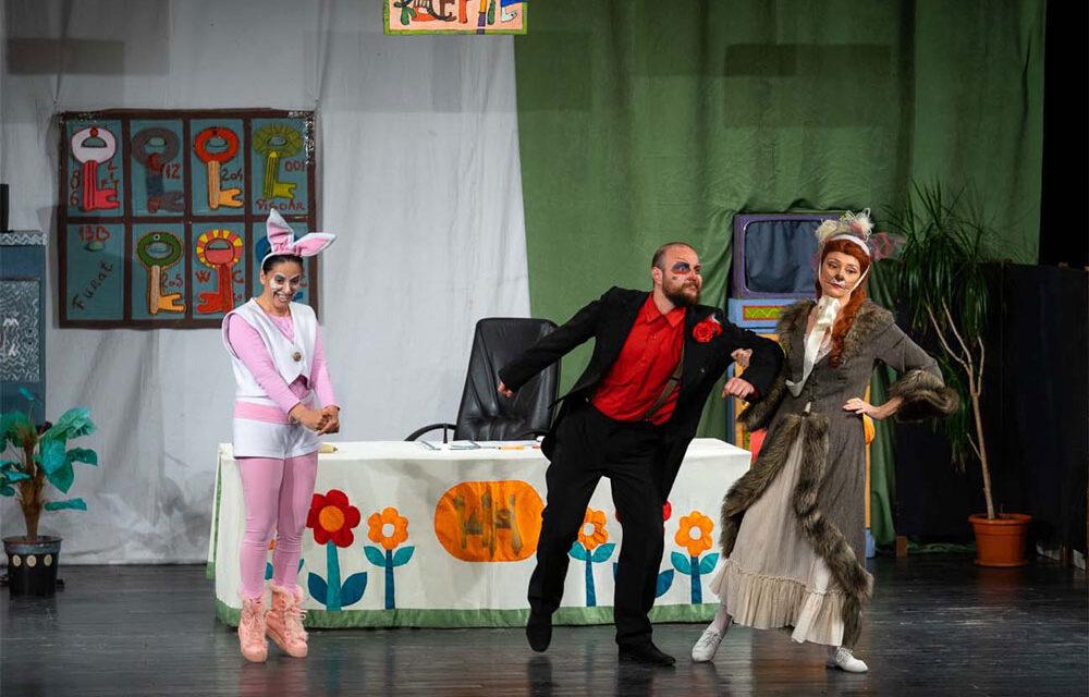 Tulcenii ar putea să se întoarcă în sala de teatru, din luna februarie