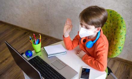 Efectele şcolii online: circa 700 de elevi tulceni au rămas cu mediile neîncheiate pe semestrul I