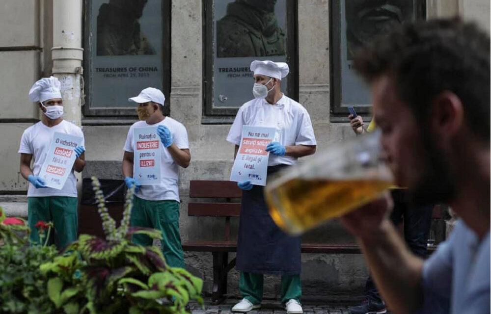 Firmele tulcene din industria ospitalităţii protestează astăzi
