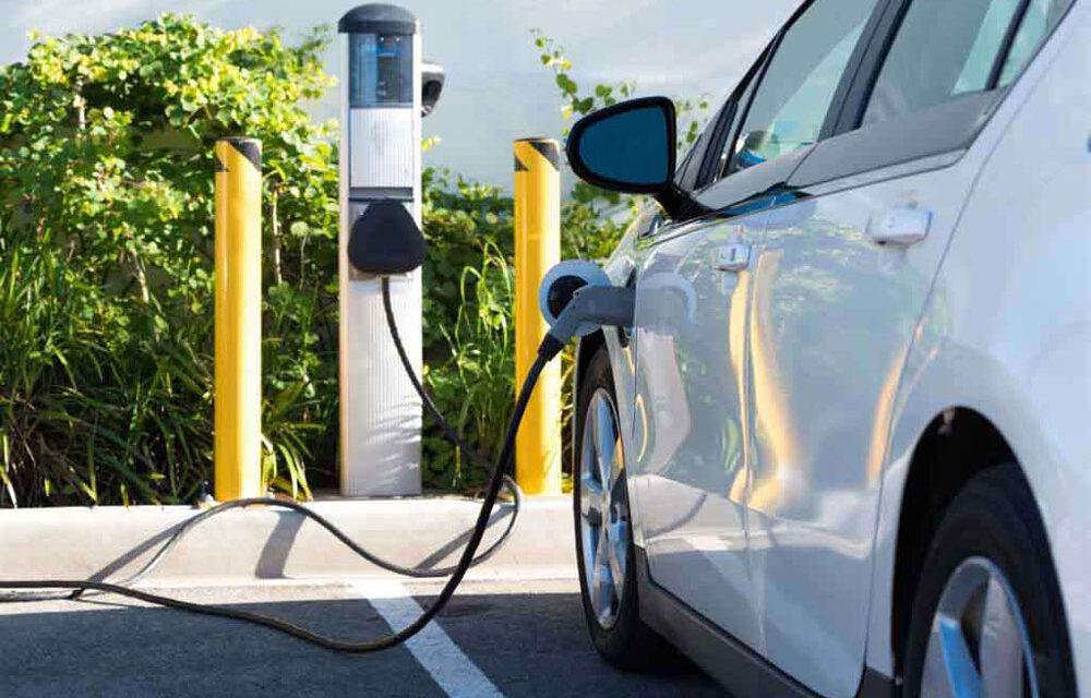 Primăria Tulcea va amenaja trei staţii gratuite de încărcare a maşinilor electrice