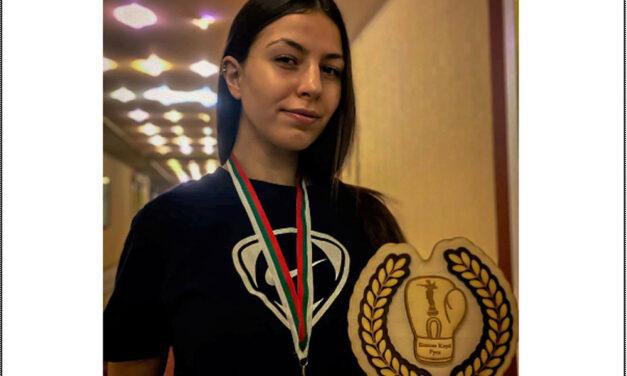 Alina Creţu, medalie de argint la Turneul Internaţional de Box Feminin din Bulgaria