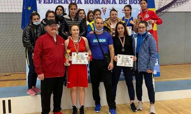 Pugilistele de la CSM Danubiu au obţinut 11 medalii la Cupa României