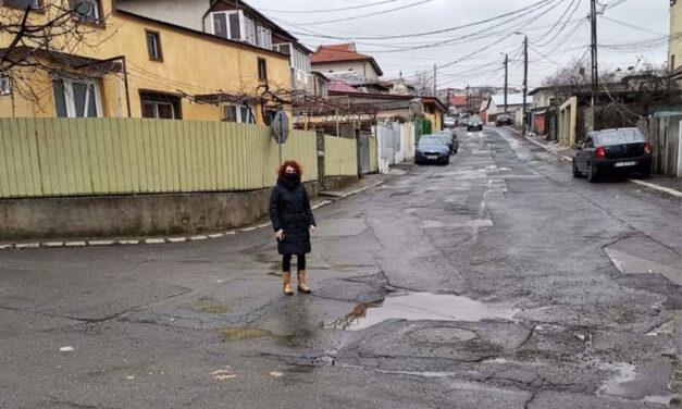 """Tulcea, luată la pas: inspectorii Primăriei, scoşi la inventariat """"plombările"""" de primăvară"""